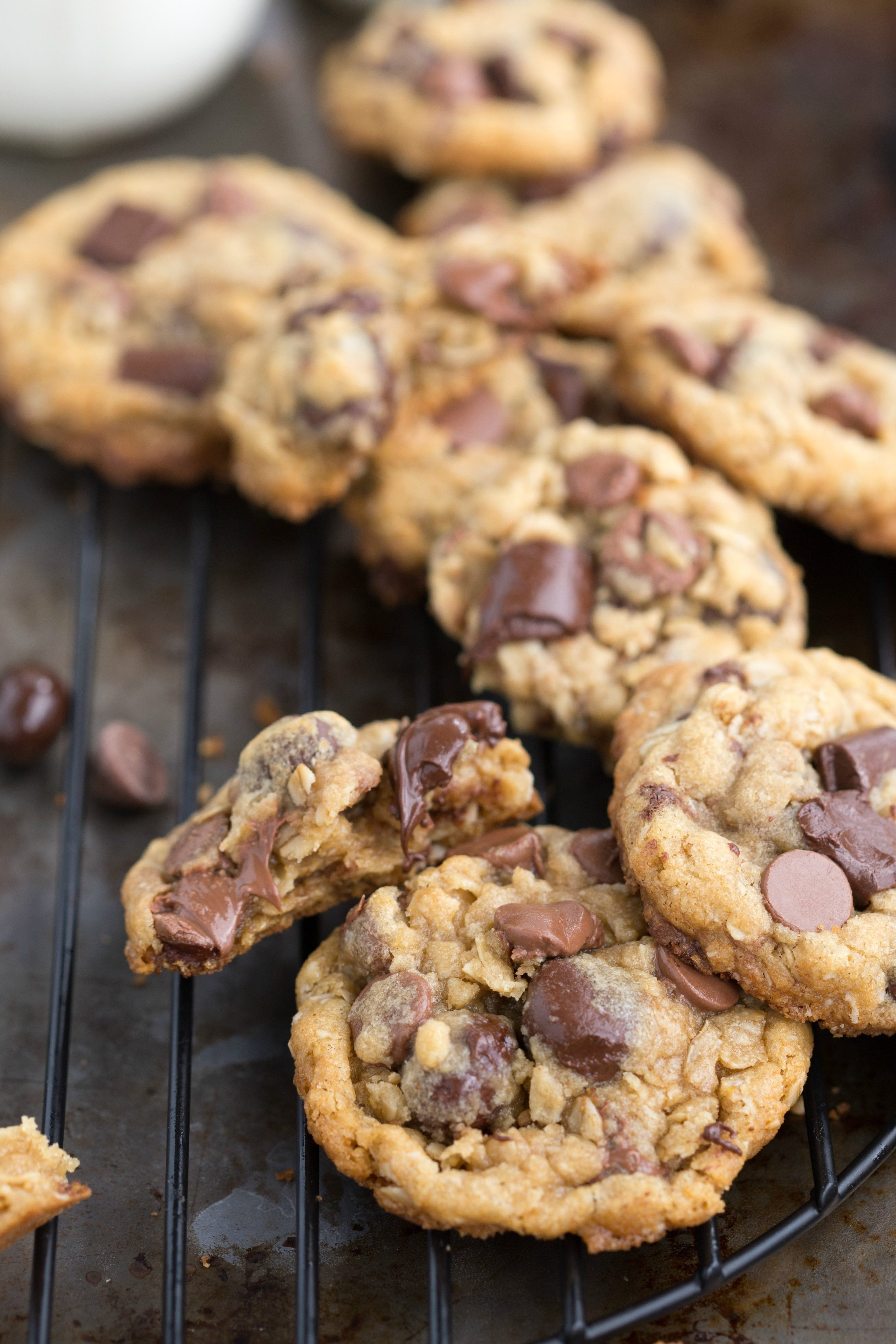 Chocolate Chip Cookies Healthy  Healthier Oatmeal Chocolate Chip Cookies with Dark