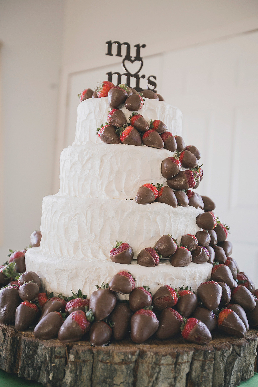 Chocolate Covered Strawberry Wedding Cakes  Bright DIY Fall WeddingTruly Engaging Wedding Blog