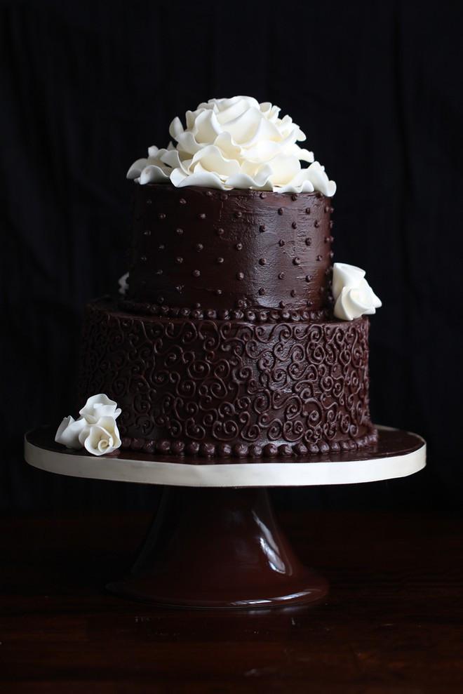Chocolate Ganache Wedding Cakes  Chocolate Wedding Cake