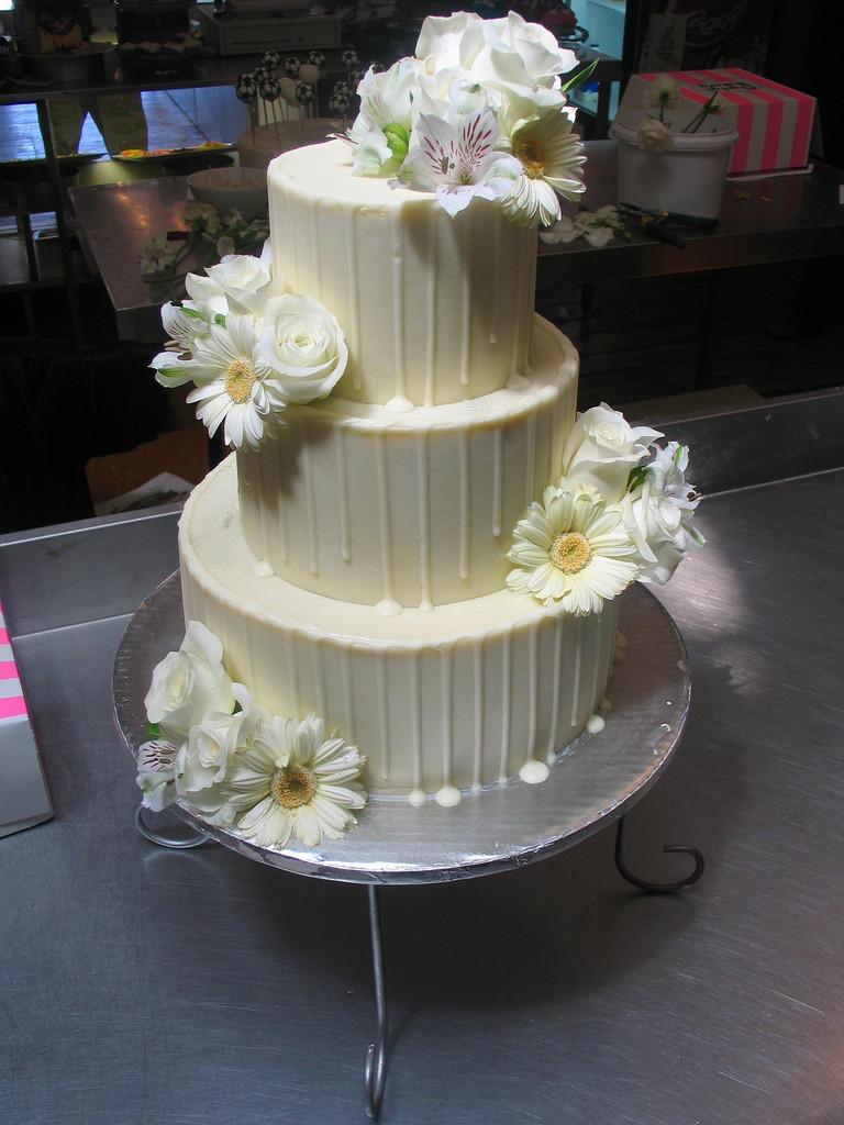 Chocolate Ganache Wedding Cakes  White chocolate ganache wedding cake idea in 2017
