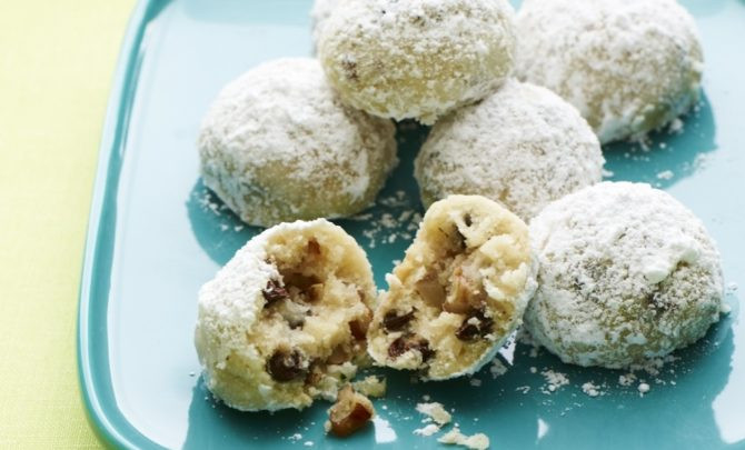 Chocolate Mexican Wedding Cookies  Chocolate Chip Mexican Wedding Cookies Recipe Relish