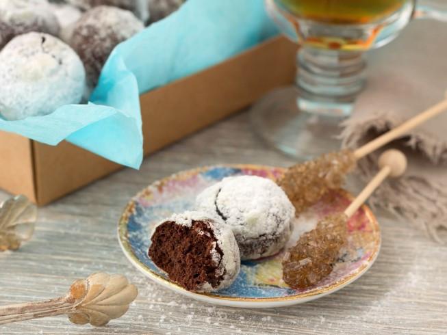 Chocolate Mexican Wedding Cookies  Chocolate Mexican Wedding Cookies Recipe