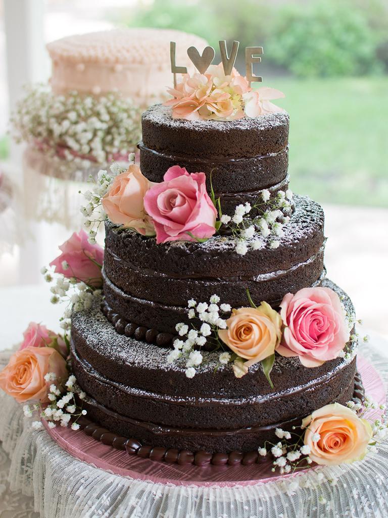 Chocolate Wedding Cakes  Tasty Chocolate Wedding Cakes