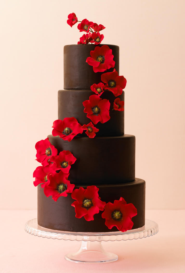 Chocolate Wedding Cakes Pictures  10 Wedding Cakes That Almost Look Too Pretty To Eat