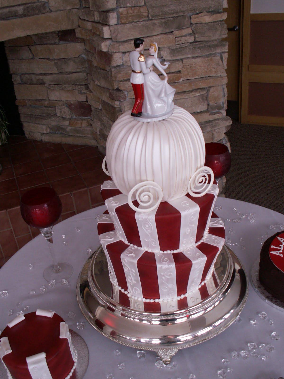 Cinderalla Wedding Cakes  Wedding Cakes Cinderella Wedding Cakes