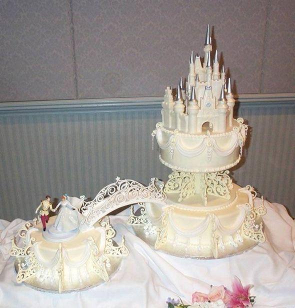 Cinderella Wedding Cakes  5 Enchantingly Amazing Disney Wedding Cakes Themes