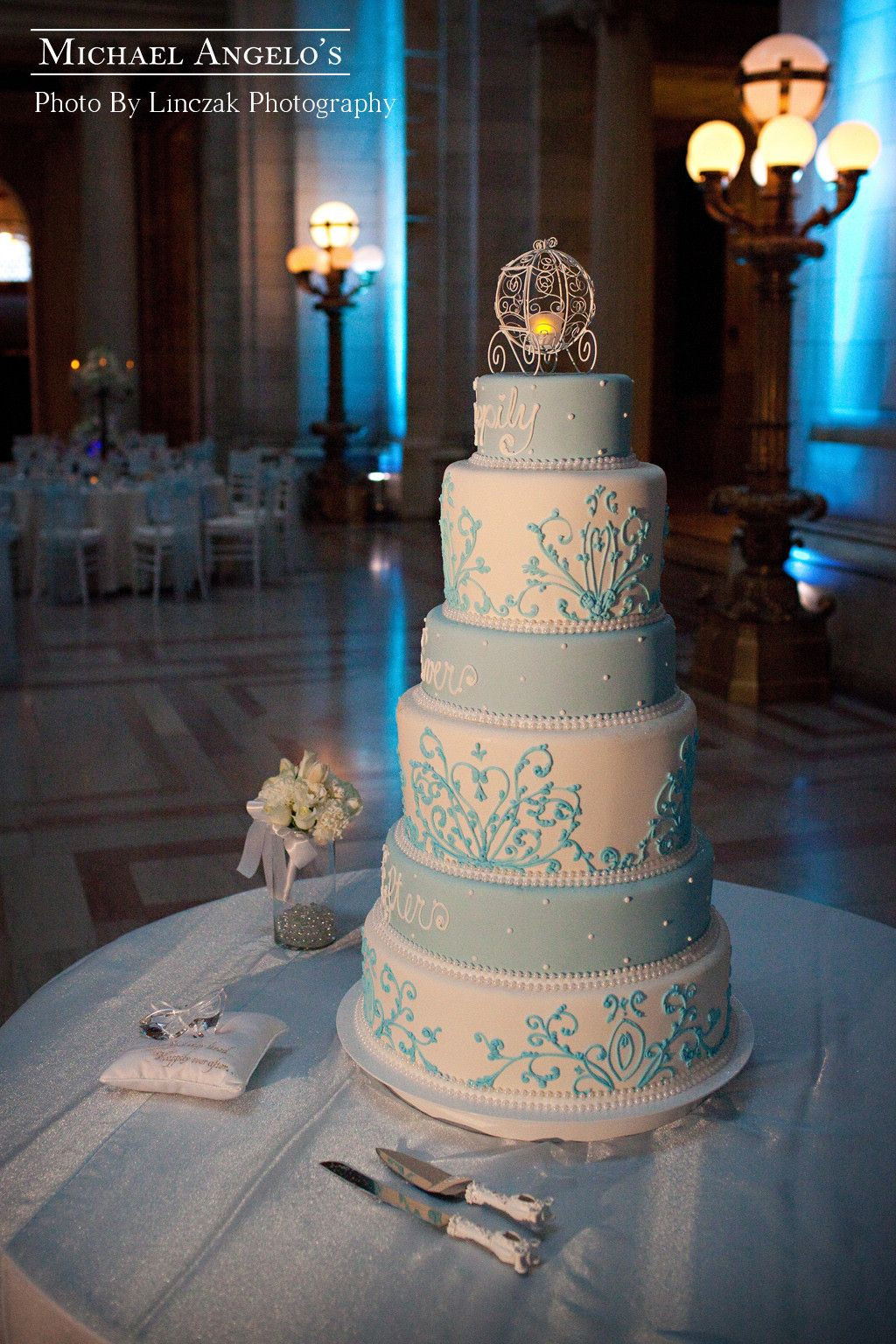 Cinderella Wedding Cakes  Happily Ever After 3Luxe