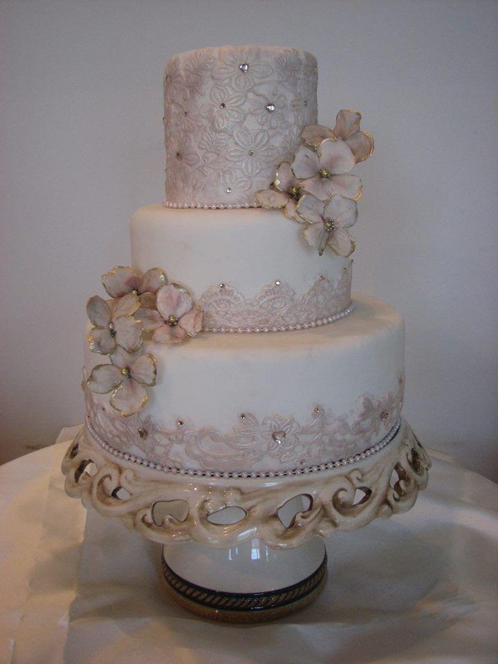 Classy Wedding Cakes  Wedding Cakes Classy And Elegant Weddbook