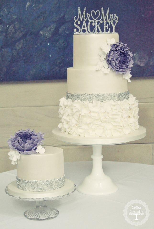 Classy Wedding Cakes  35 Chic Classy Wedding Cake Inspiration MODwedding