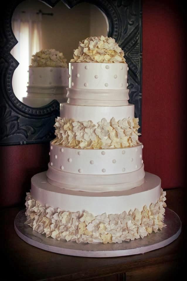 Classy Wedding Cakes  Beautiful and Classy Wedding Cake