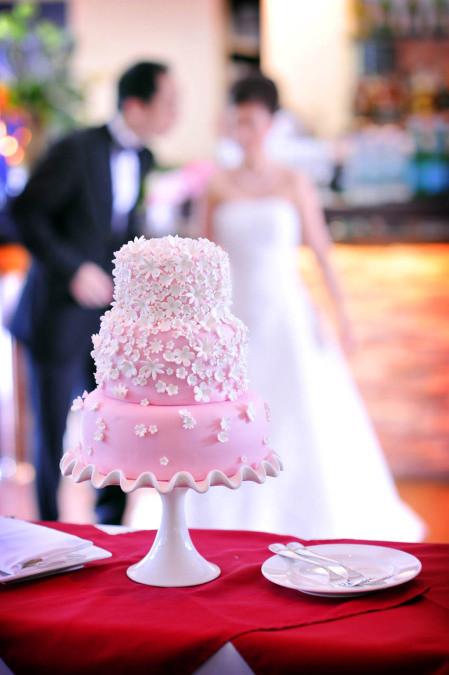 Confetti Wedding Cakes  W&A's confetti wedding cake
