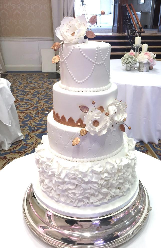 Confetti Wedding Cakes  The Fab Four Wedding Cakes Edition