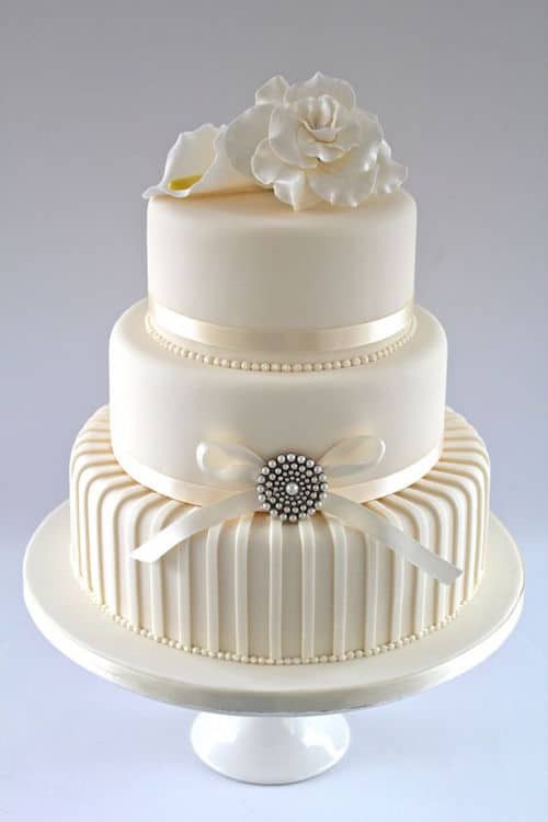 Contemporary Wedding Cakes  30 White Wedding Cake Designs That Will Leave You Wanting e