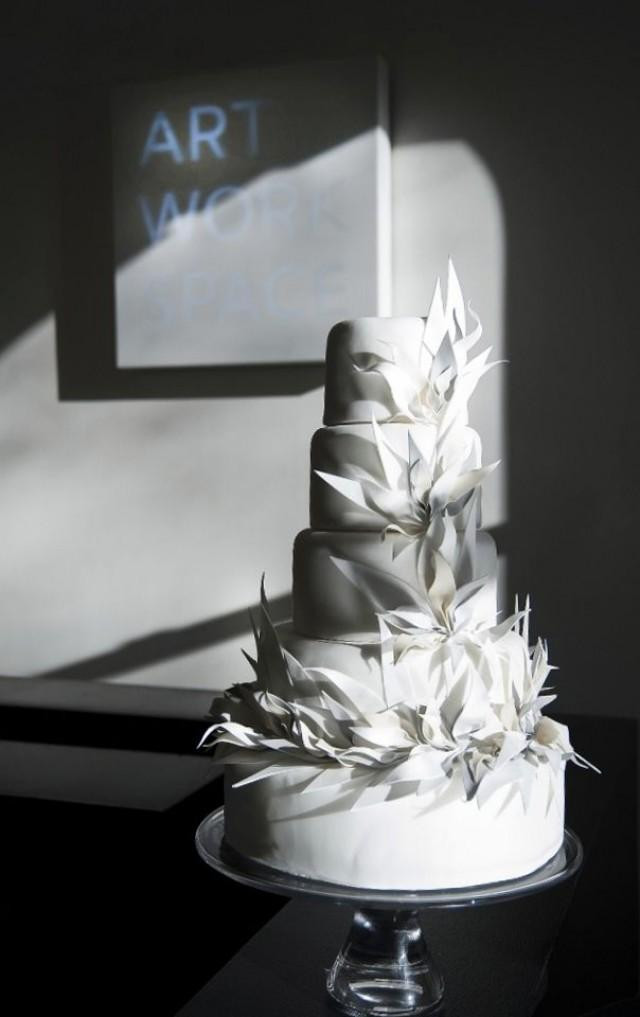 Contemporary Wedding Cakes  Modern Wedding Cakes White And Sculptural Weddbook