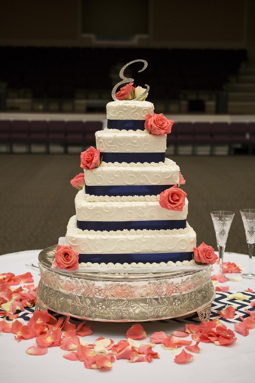 Coral Wedding Cakes  Zac & Tori Hampton Wedding grapher — Hampton Roads