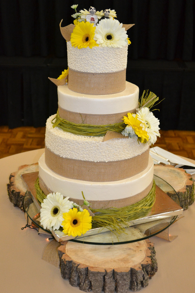 Country Chic Wedding Cakes  Country Chic Wedding