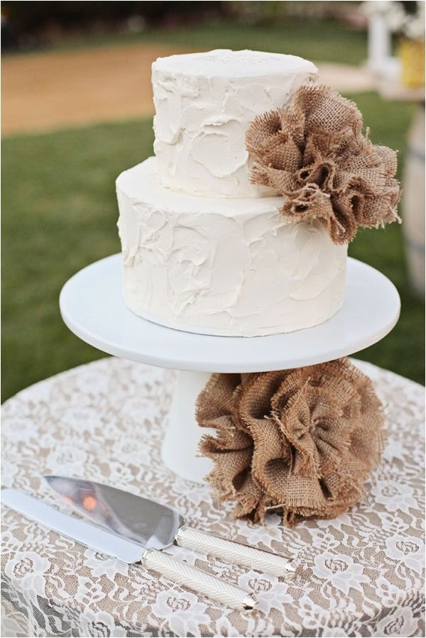 Country Chic Wedding Cakes  30 Burlap Wedding Cakes for Rustic Country Weddings