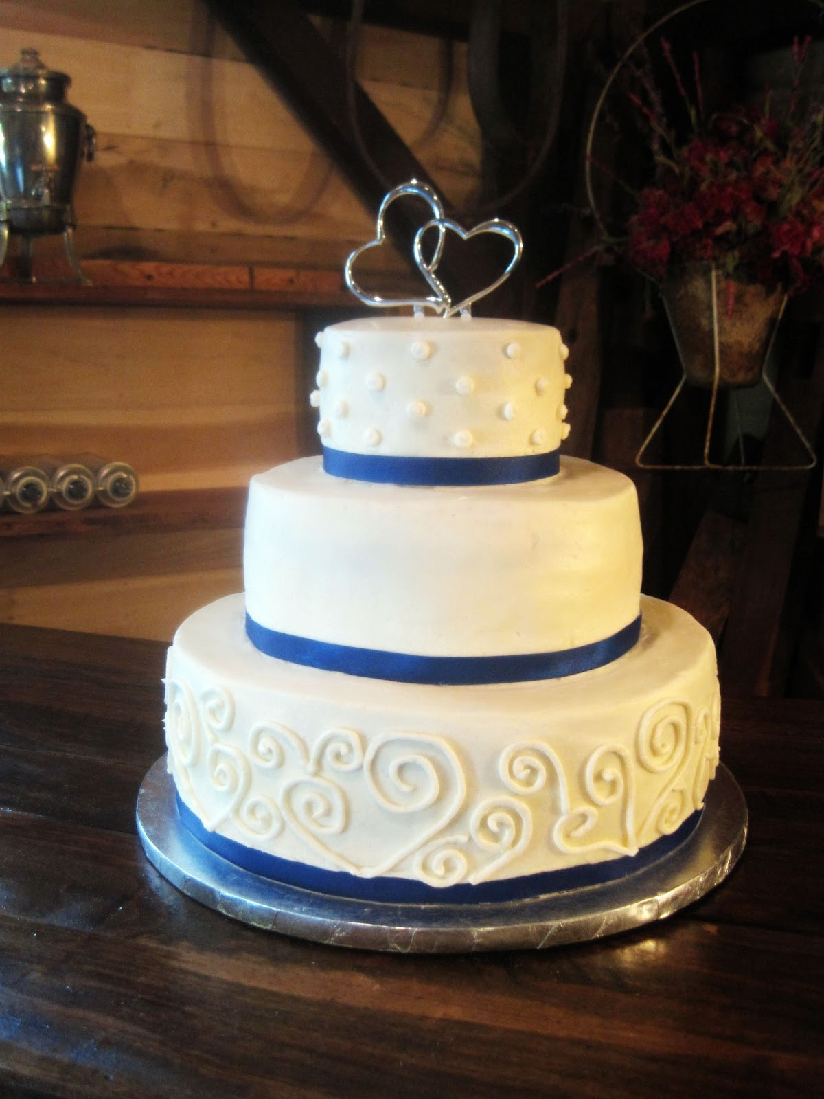 Country Style Wedding Cakes  Have a Piece of Cake A Beautiful Country Wedding Cake