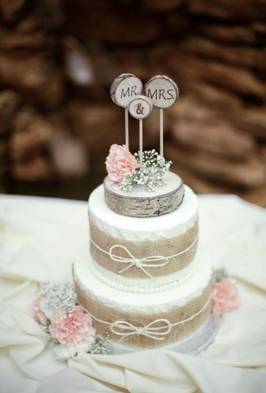 Country Style Wedding Cakes  Picture lovely rustic inspired country wedding cakes 1