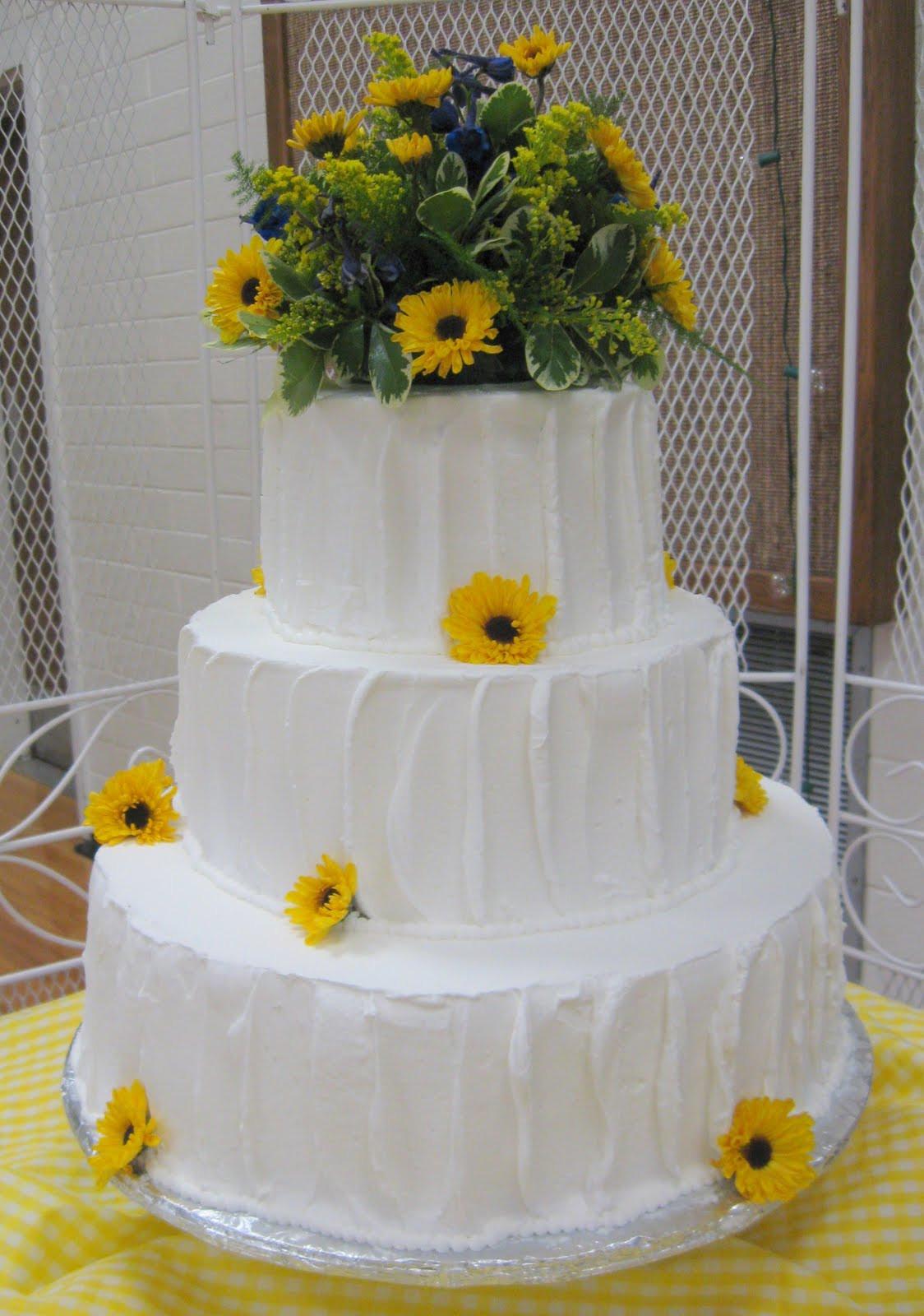 Country Style Wedding Cakes  ChubbyHubbyCakes Country style wedding cake
