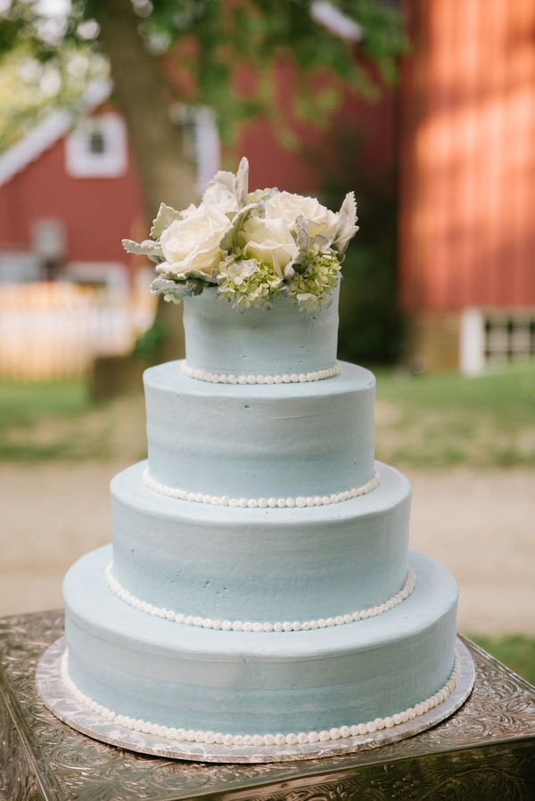 Country Style Wedding Cakes  Elegant Country Style Barn Wedding Rustic Wedding Chic