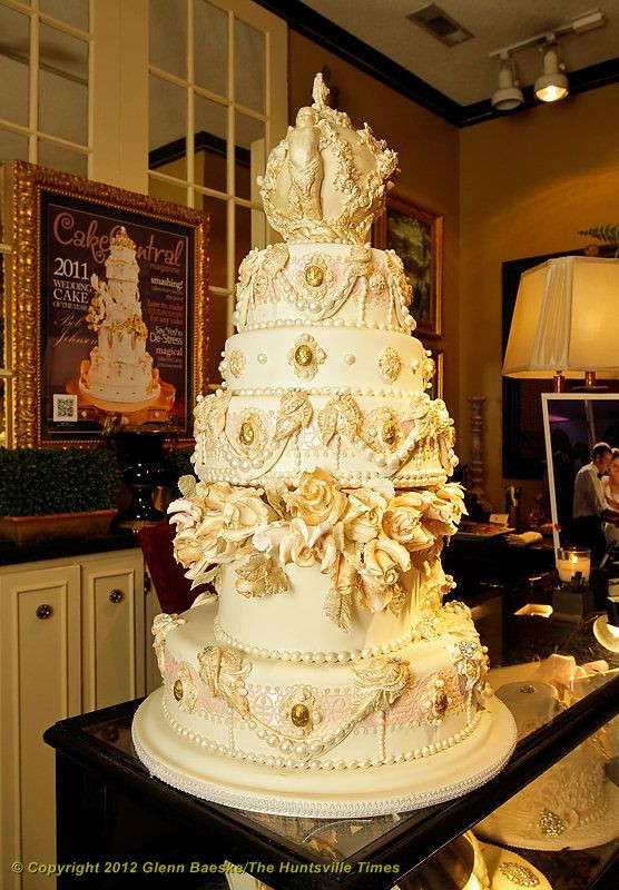 Coutoure Wedding Cakes  17 Best images about Wedding Cakes Intricate on