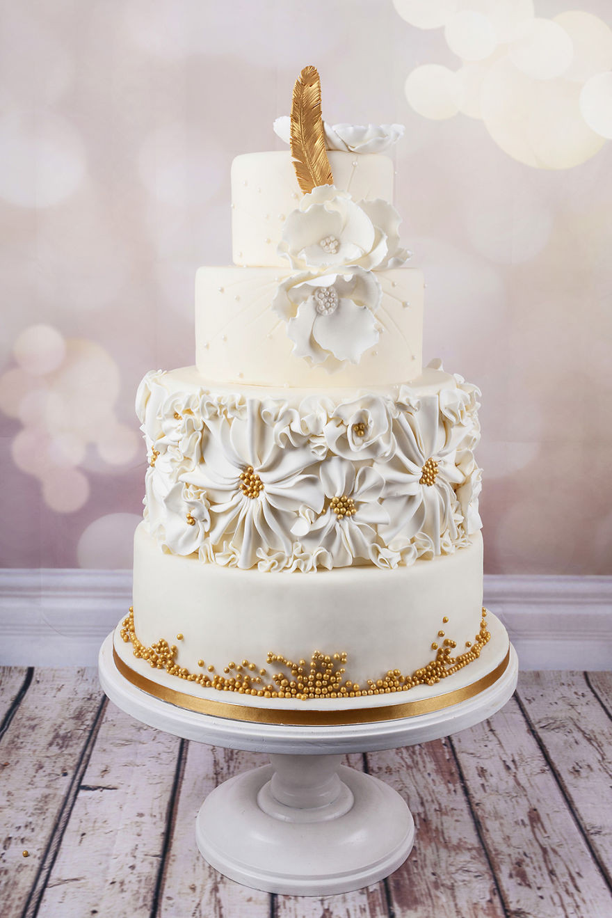 Coutoure Wedding Cakes  Wedding Couture Cakes
