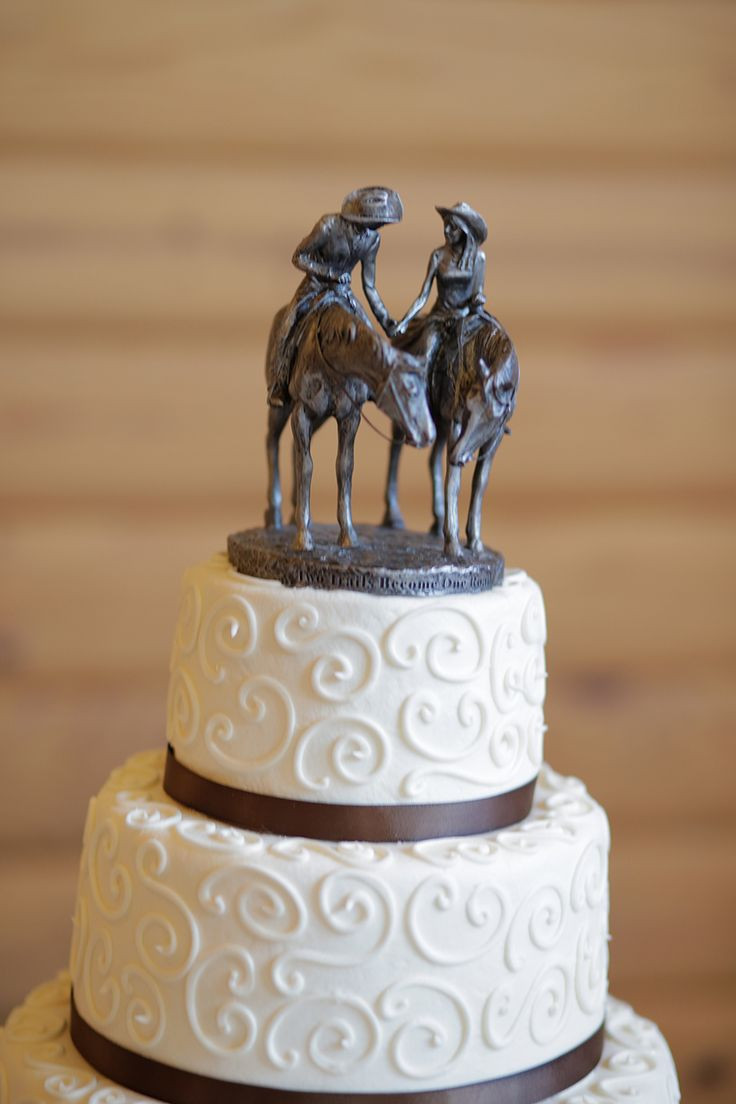 Cowboy Wedding Cakes  1000 ideas about Cowboy Wedding Cakes on Pinterest