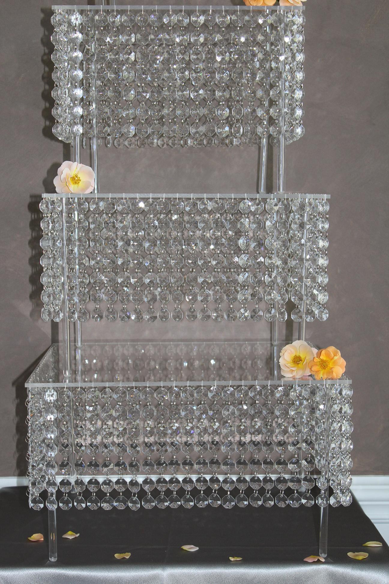 Crystal Cake Stands For Wedding Cakes  bling cake stand