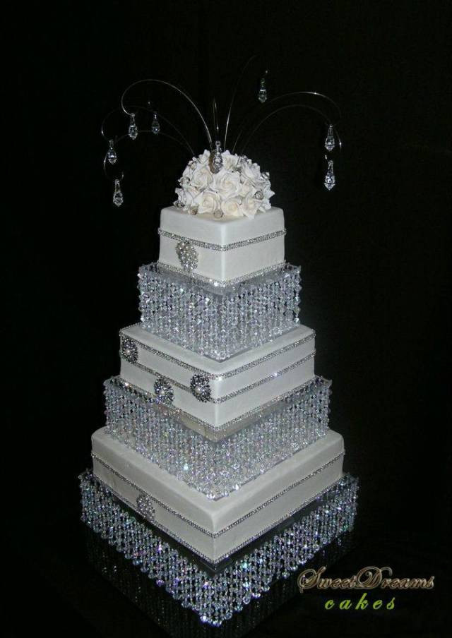 Crystal Cake Stands For Wedding Cakes  DIY crystal wedding cake stand Chandelier cake stand