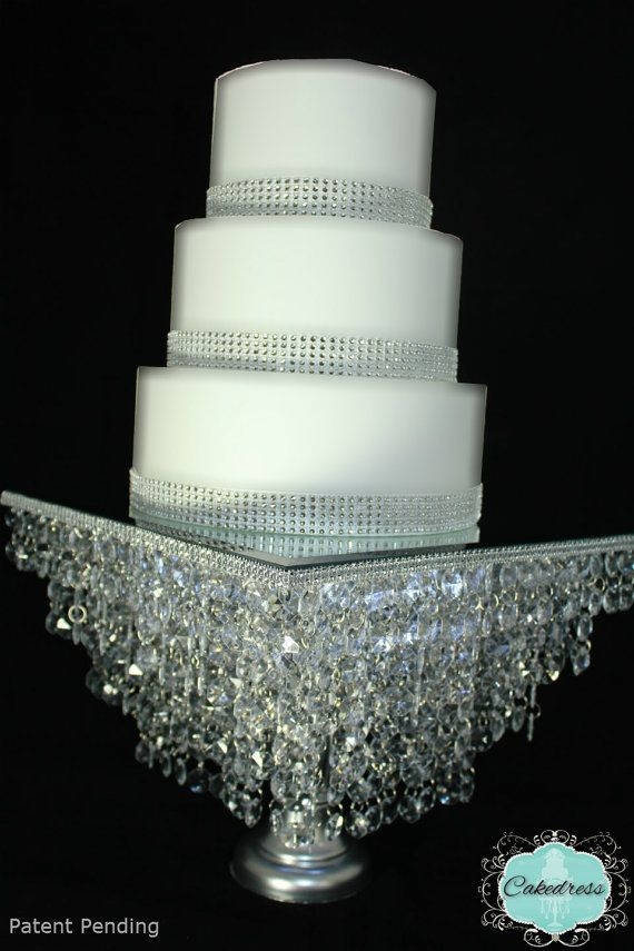 Crystal Cake Stands For Wedding Cakes  Crystal wedding cake stand idea in 2017