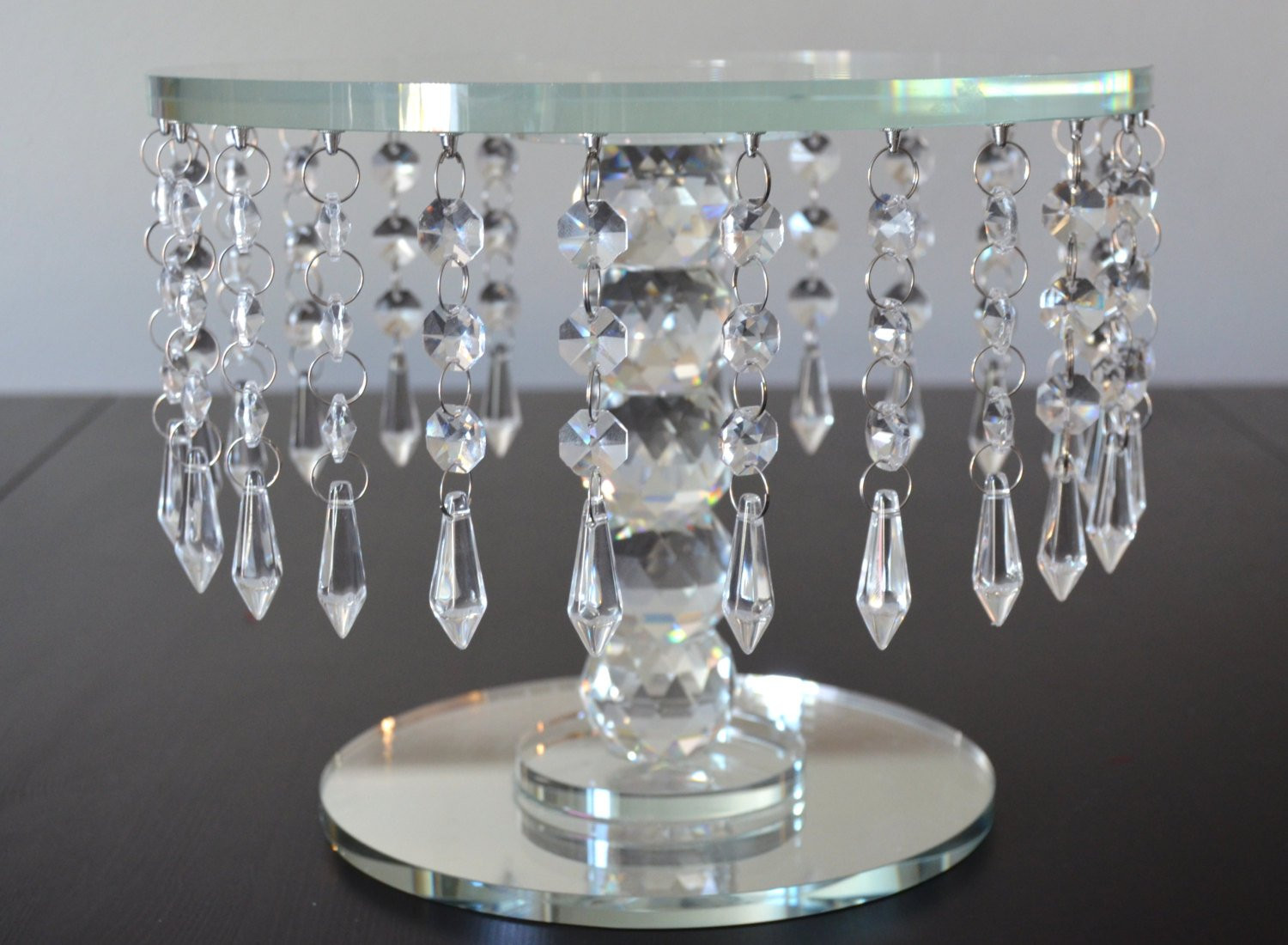 Crystal Cake Stands For Wedding Cakes  CRYSTAL CAKE STAND Round Crystal Cake Stand Wedding Cake