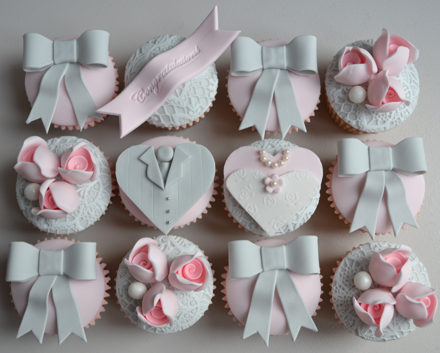 Cupcakes For Wedding  Little Paper Cakes Vintage Wedding Bride and Groom Cupcakes