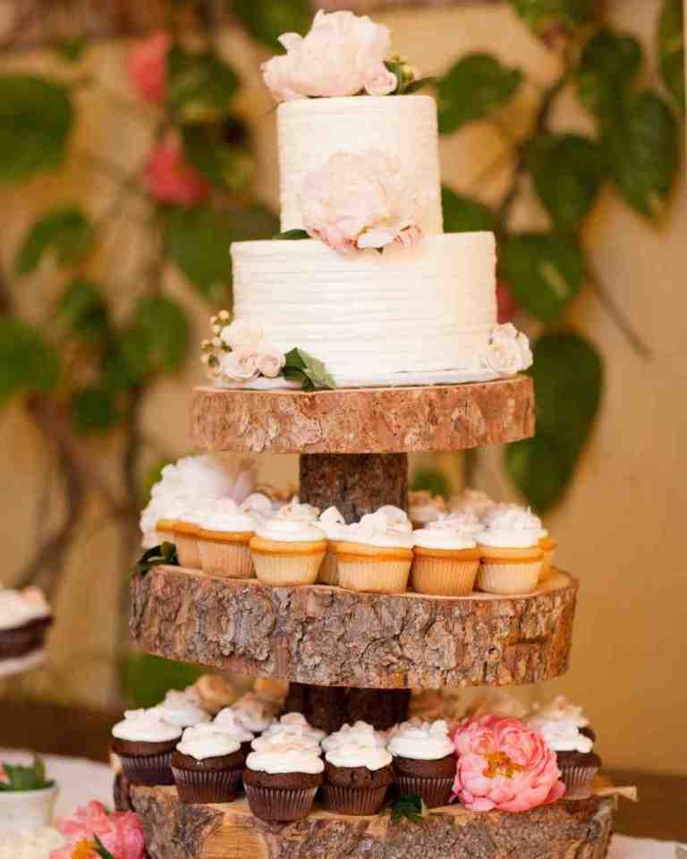 Custom Wedding Cakes  25 Unique Wedding Cakes Ideas