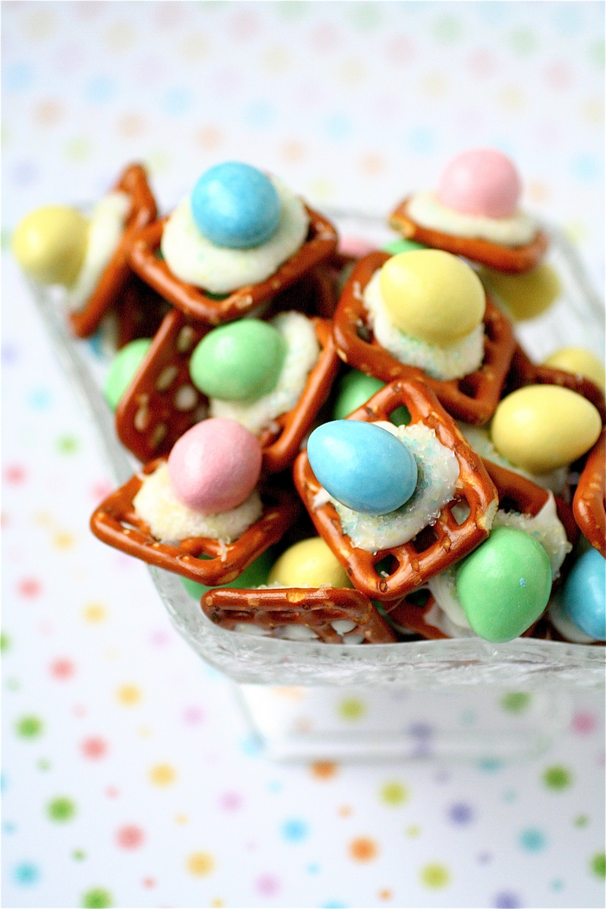 Cute Easter Desserts Recipes  Easter Peanut Butter Buttons