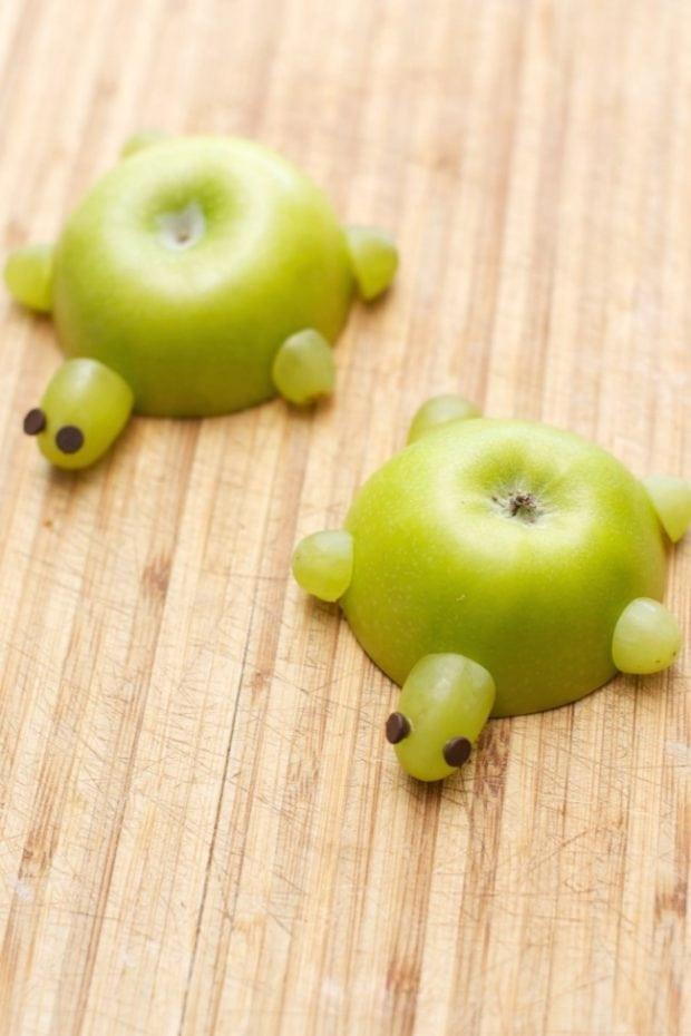 Cute Healthy Snacks  Kid s Party Food Apple Turtles