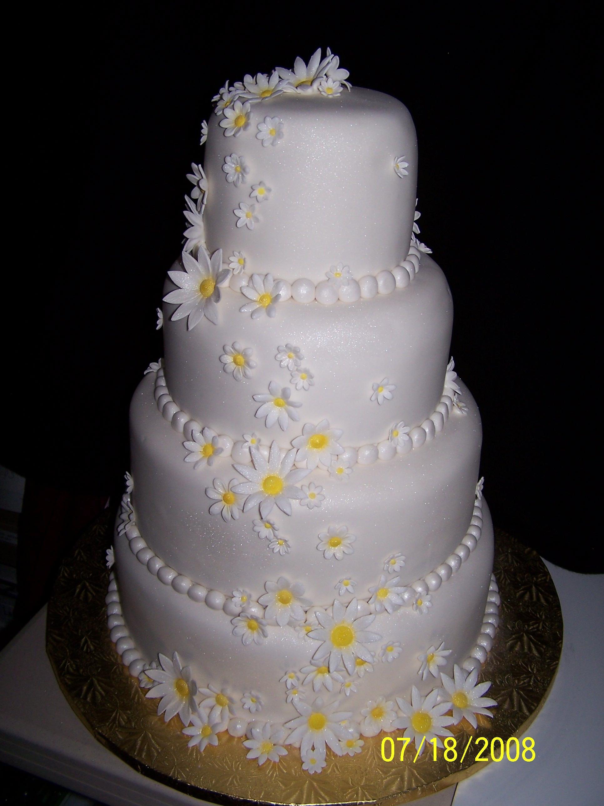 Daisy Wedding Cakes  Daisy wedding cakes idea in 2017