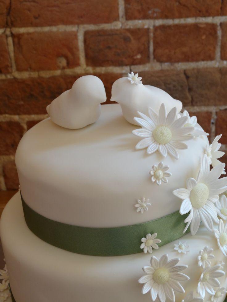 Daisy Wedding Cakes  102 best images about Daisy wedding cake ideas on