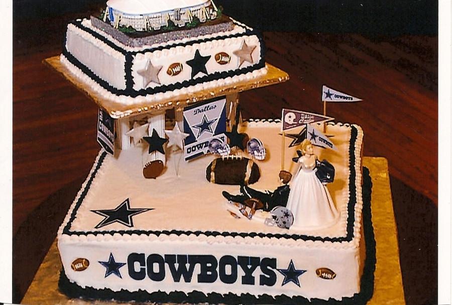 Dallas Cowboy Wedding Cakes  Dallas Cowboys Grooms Cake CakeCentral