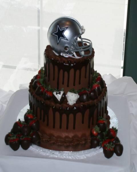 Dallas Cowboy Wedding Cakes  Dallas Cowboys Cake with real keepsake helmet on top