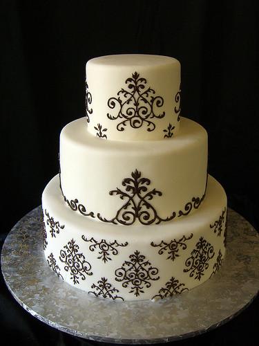Damask Wedding Cakes  Damask Wedding Cake Themes