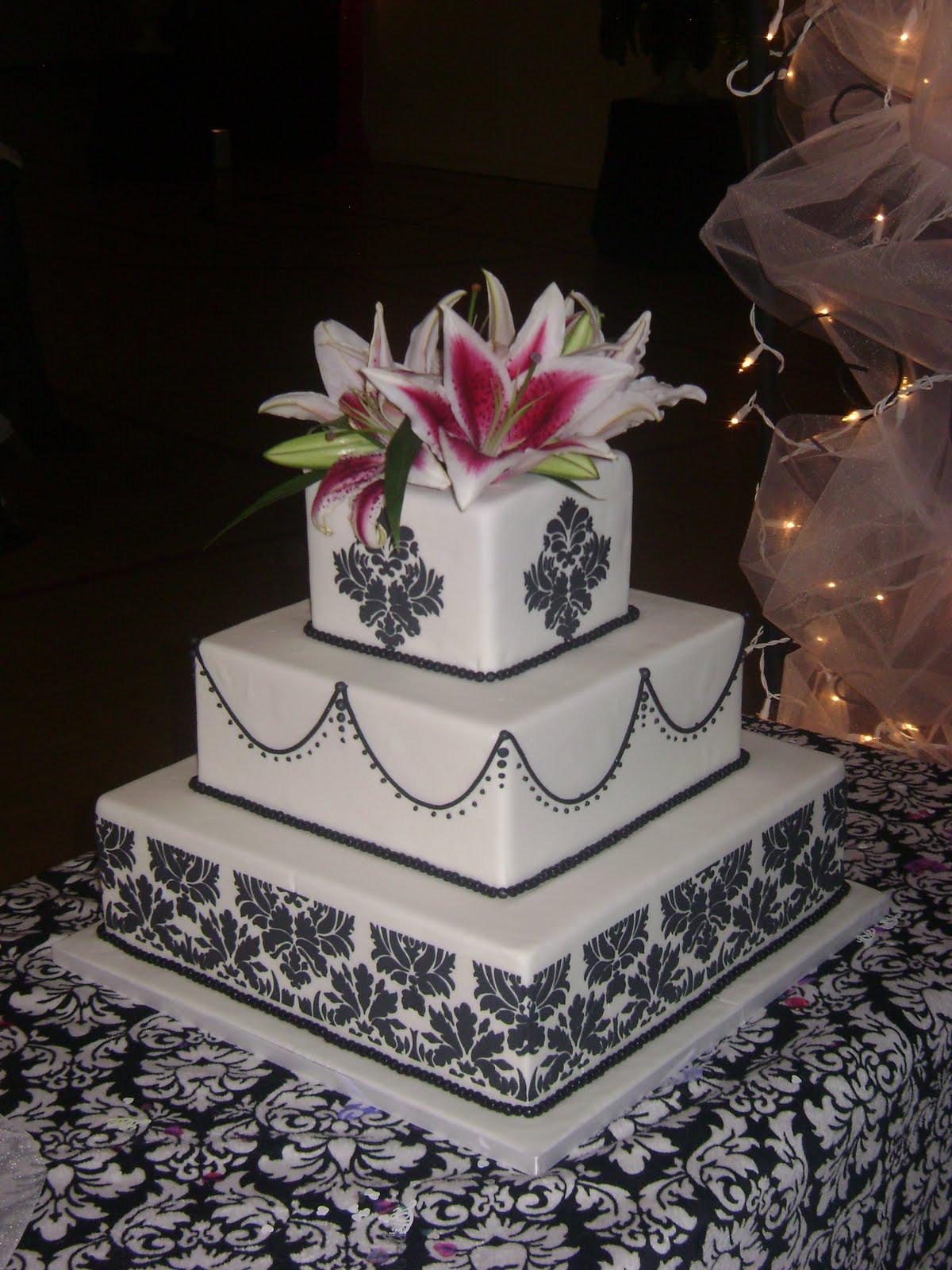 Damask Wedding Cakes  Dustine s blog damask wedding cake