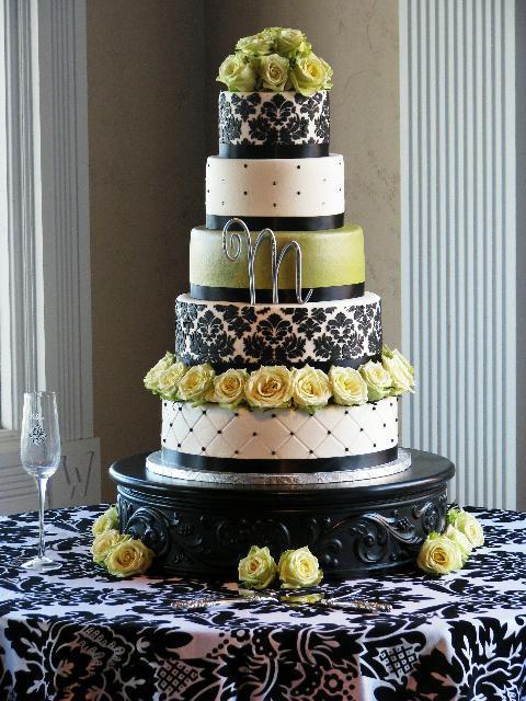 Damask Wedding Cakes  Wedding Ideas Damask Wedding Cake