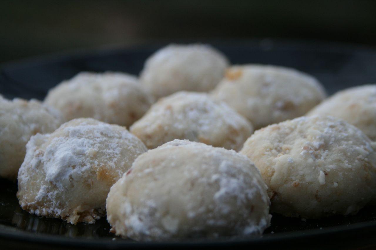 Danish Wedding Cookies Recipe  Recipe Shoebox Grandma s Snowball Cookies