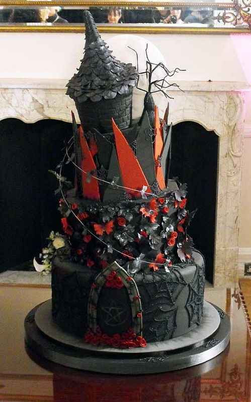 Dark Wedding Cakes  Cake [grrls] cakery Gallery of Perfect Goth Cakes
