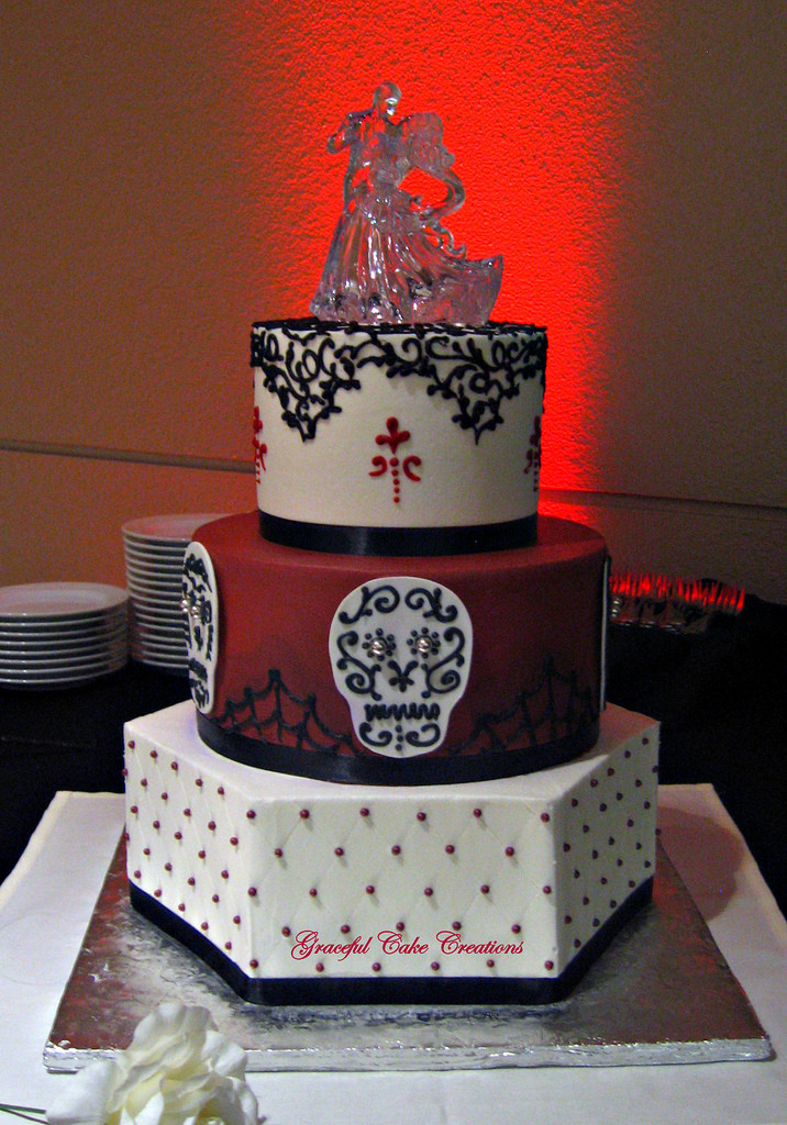 Day Of The Dead Wedding Cakes  Day of the dead wedding cake idea in 2017
