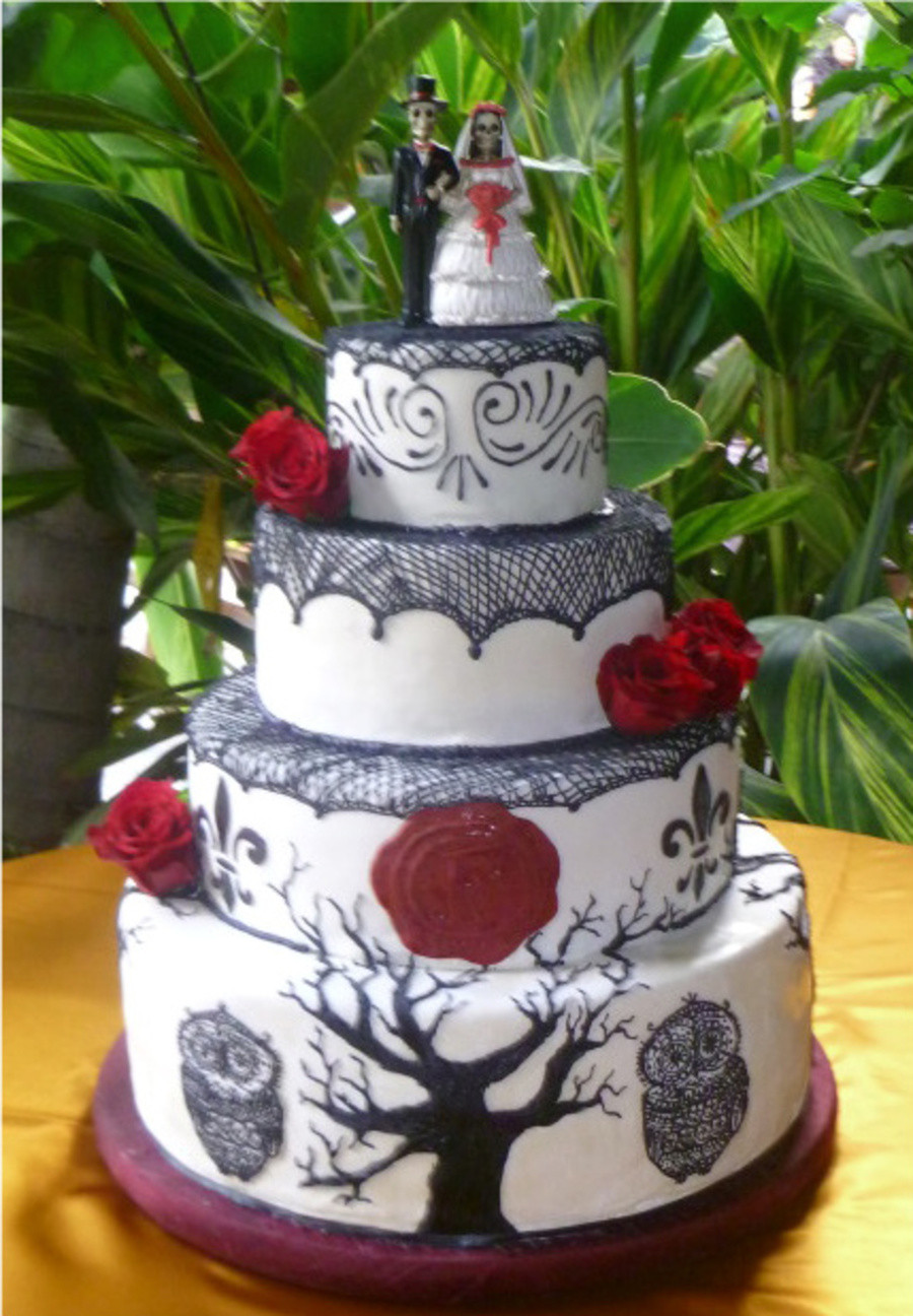 Day Of The Dead Wedding Cakes  Spanish Day The Dead Inspired Wedding Cake