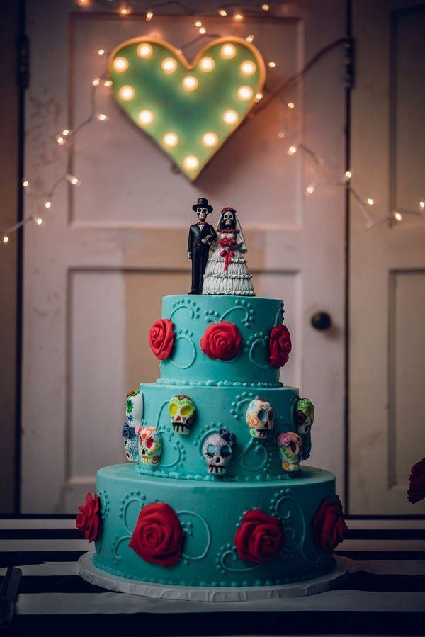 Day Of The Dead Wedding Cakes  Halloween Wedding Cake Toppers