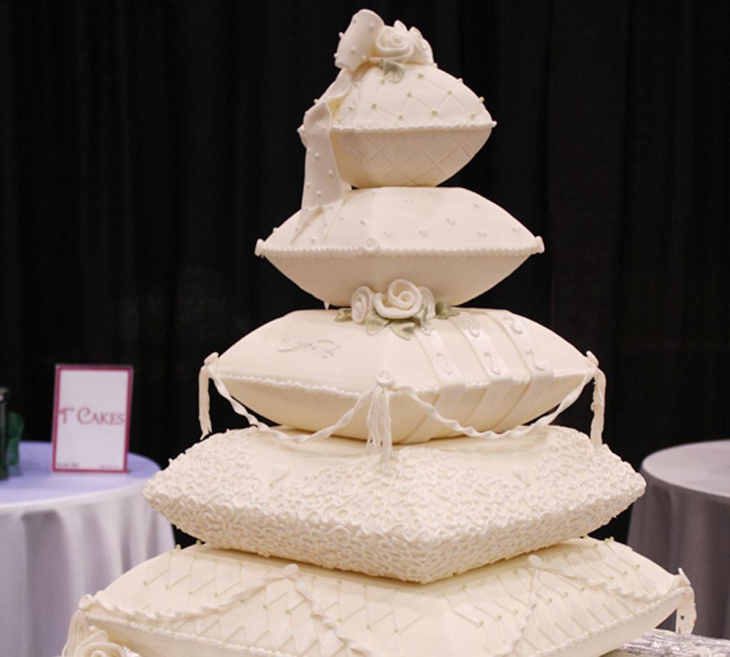 Deesigner Wedding Cakes  Canton Wedding Cake Design 5 Wedding Cake Cake Ideas by