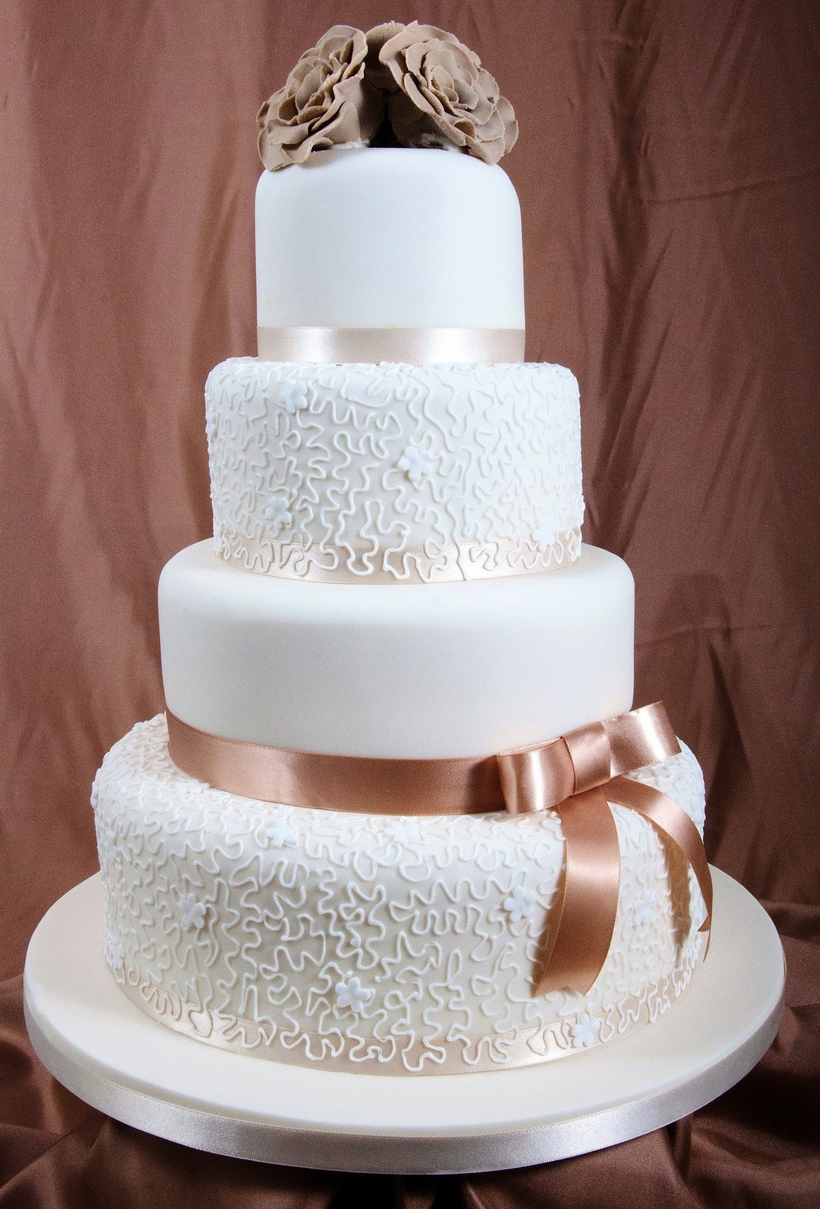 Deesigner Wedding Cakes  Wedding Cake A Gallery of Cakes by Shelly WeddingDates